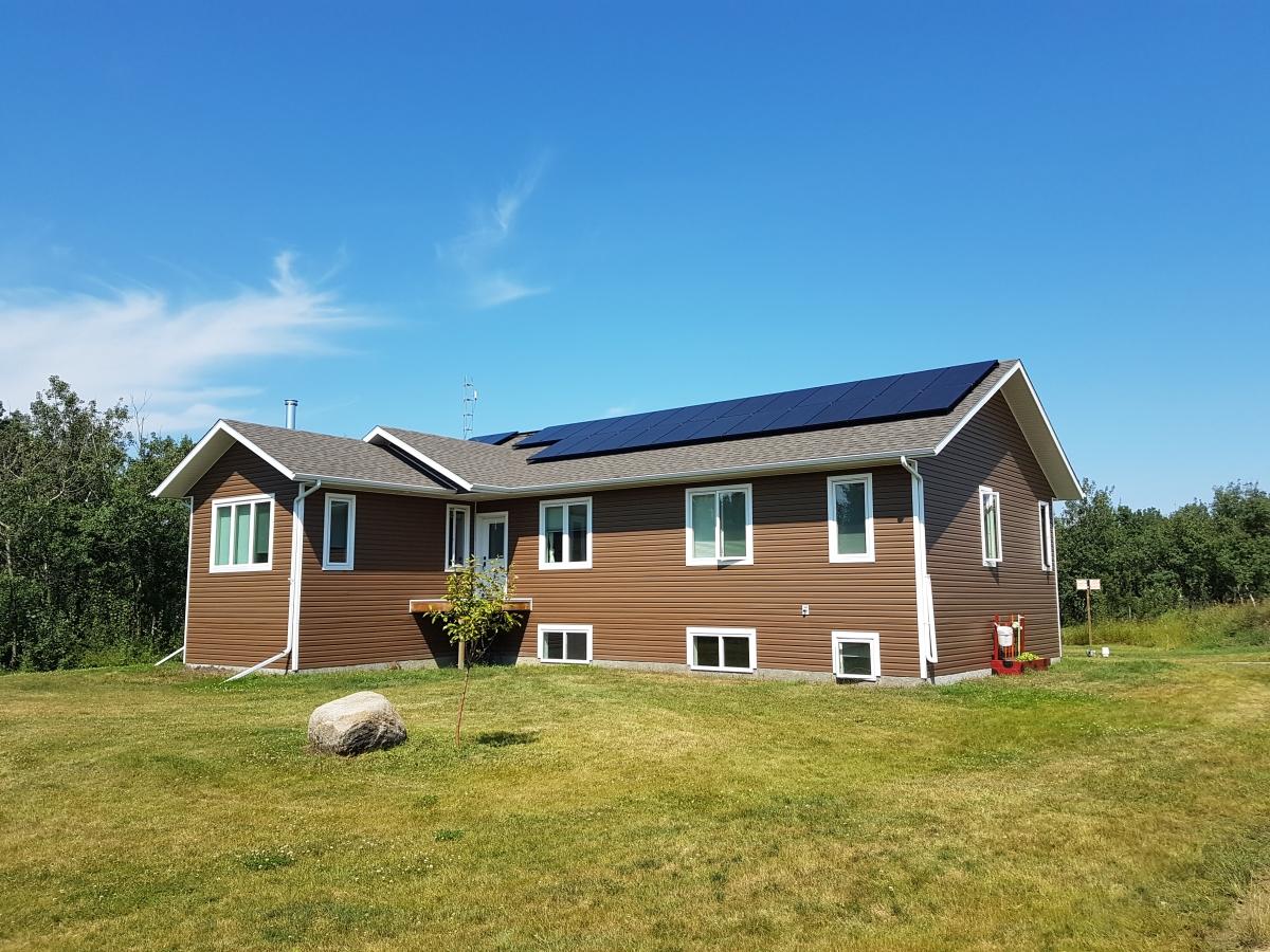 6.4 KW solar array Camrose County